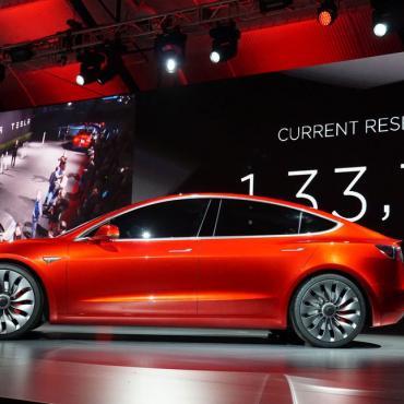 Η Tesla έχει κατασκευάσει μόλις 260 Model 3