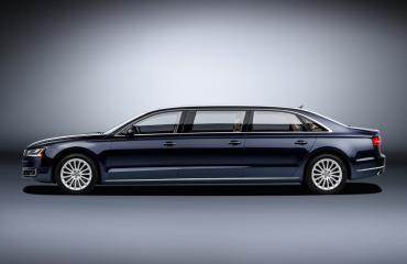 Audi A8 L Extended πολυτέλεια 6.36 μέτρων