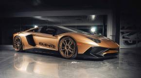 Χρυσαφί Lamborghini Aventador SV με 750 ίππους