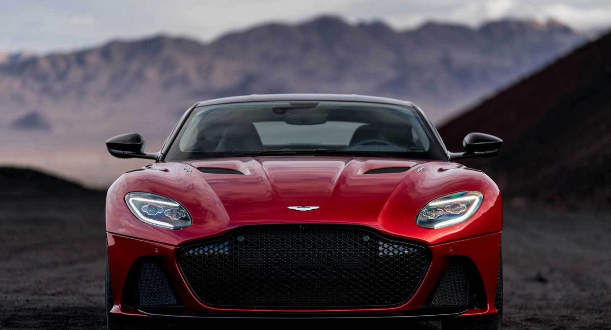 Aston Martin DBS Superleggera με 715 άλογα