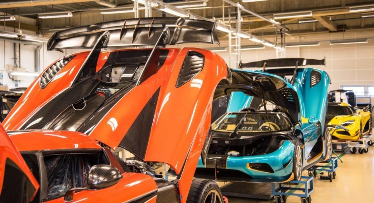 Μαζική παραγωγή σκέφτεται η Koenigsegg