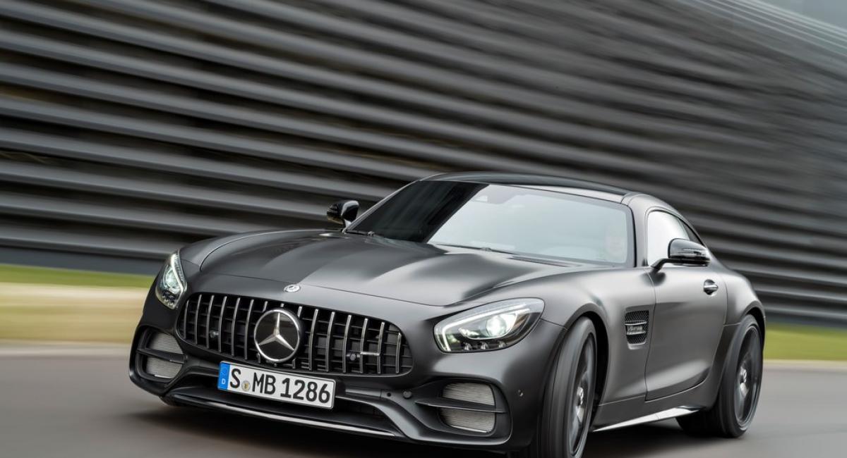 Ανάκληση Mercedes AMG GT λόγω προβλήματος στις ζώνες ασφαλείας