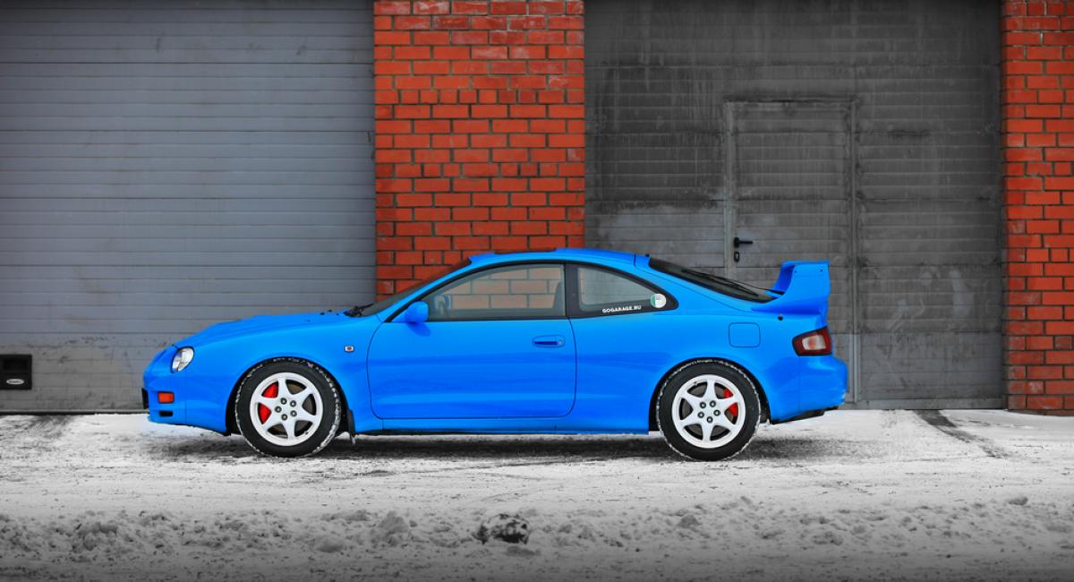 Η Toyota είναι πρόθυμη να αναβιώσει τα MR2 και Celica