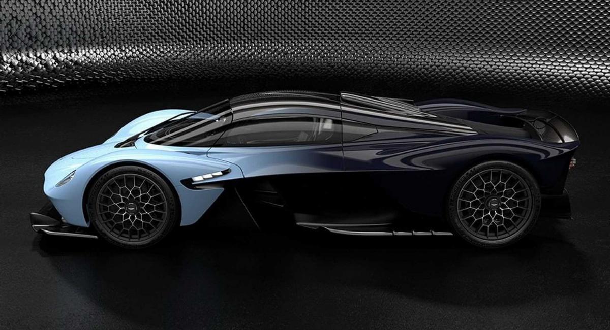 Νέες φωτογραφίες της Aston Martin Valkyrie