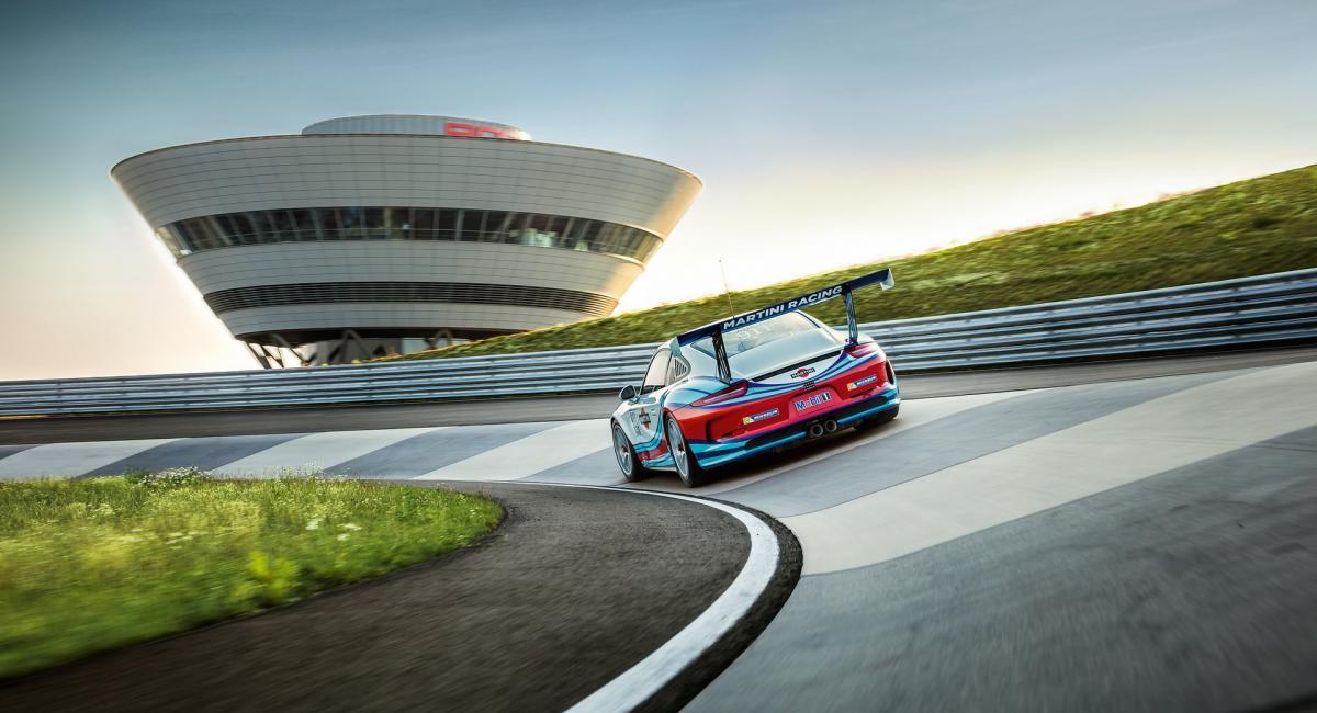 Η πίστα δοκιμών της Porsche είναι η καλύτερη πίστα της γης [Vid]