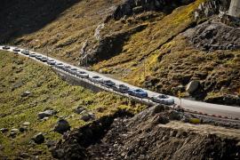 19 Porsche 918 Spyder βολτάρουν στις Άλπεις [Vid]