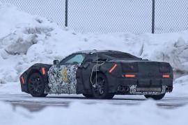 Στα χιόνια δοκιμάζεται η κεντρομήχανη Corvette