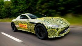 H Aston Martin teasάρει την νέα Vantage