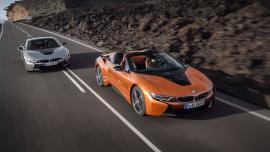 BMW i8 Roadster και i8 Coupe με 374 άλογα