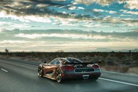 5 παγκόσμια ρεκόρ συνέτριψε η Koenigsegg Agera RS [Vid]