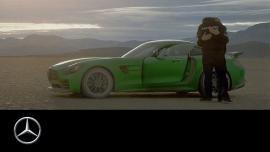 Τυφλός οδήγησε πρώτη φορά και μάλιστα AMG GT R