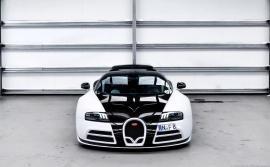 Πωλείται η μια από τις δύο Bugatti Veyron Vivere by Mansory