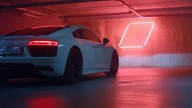 Το νέο Audi R8 V10 RWS «βάζει φωτιά» υπόγειο πάρκινγκ