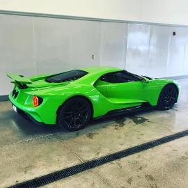 "Ford GT στο πράσινο ""Verde Mantis"" της Lamborghini"