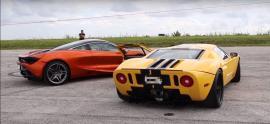 McLaren 720S vs Twin-Turbo Ford GT [Vid]