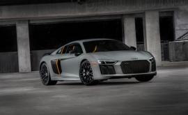 Audi R8 V10 Plus Exclusive Edition (Vid)