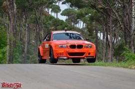 Ανεβαίνοντας βουνίσιες πλαγιές με μια BMW Σειράς 3