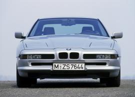 Η επιστροφή μιας θρυλικής BMW.