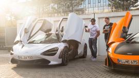McLaren 720S vs McLaren 675LT στην Autobahn