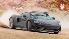 Με δύο McLaren 570GT σε εκτός δρόμους διαδρομές [Vid]