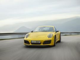 Η «οικογένεια» Porsche 911 μεγαλώνει [Vid]