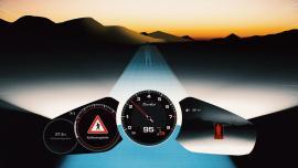 Η Porsche Panamera εντοπίζει πεζούς και ζώα στο σκοτάδι