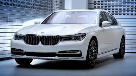 Η BMW Individual παρουσιάζει τις 750Li xDrive Solitaire και Master Class.