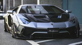Lamborghini Aventador με bodykit της Liberty Walk