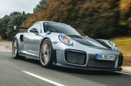 Δοκιμάζοντας την νέα Porsche 911 GT2 RS [Vid]