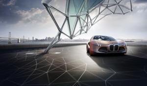 H BMW γιορτάζει τα 100 χρόνια με το Vision Next 100