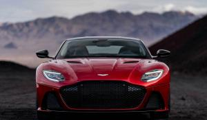 Aston Martin DBS Superleggera με 715 άλογα