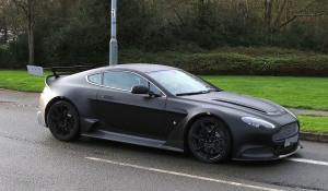 Η Aston Martin Vantage GT8 κολάζει με τον ήχο της το Nurburgring (Spy Video)