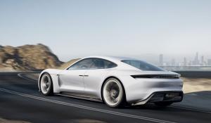 Αυτόνομα από την Porsche; Και ναι και όχι