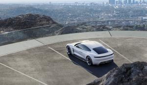 Porsche: Το Mission E θα είναι καλύτερο από τα Tesla