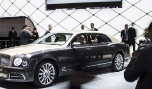 Bentley: Περισσότερη πολυτέλεια από το τμήμα Mulliner (vid).