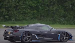Τα 386 km/h έφτασε η Koenigsegg One:1 στην ευθεία