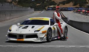 Michael Fassbender στο Ferrari 488 Challenge