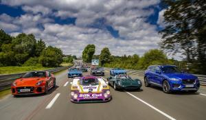 Jaguar Classic Challenge: Ένας αγώνας με μοντέλα και οδηγούς βετεράνους.