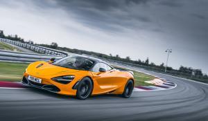 Track Pack αποκτά η McLaren 720S