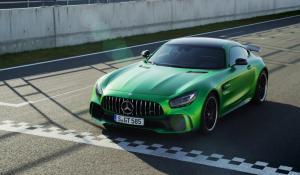 Η Mercedes AMG GT R είναι γρήγορη (vid)