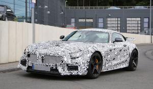 Με 550 ίππους η Mercedes - AMG GT-R