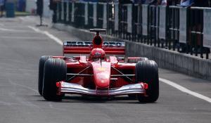 Πωλείται η Ferrari F2001 του Σουμάχερ