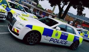 Μία Rolls-Royce Ghost Black Badge έγινε περιπολικό για καλό σκοπό